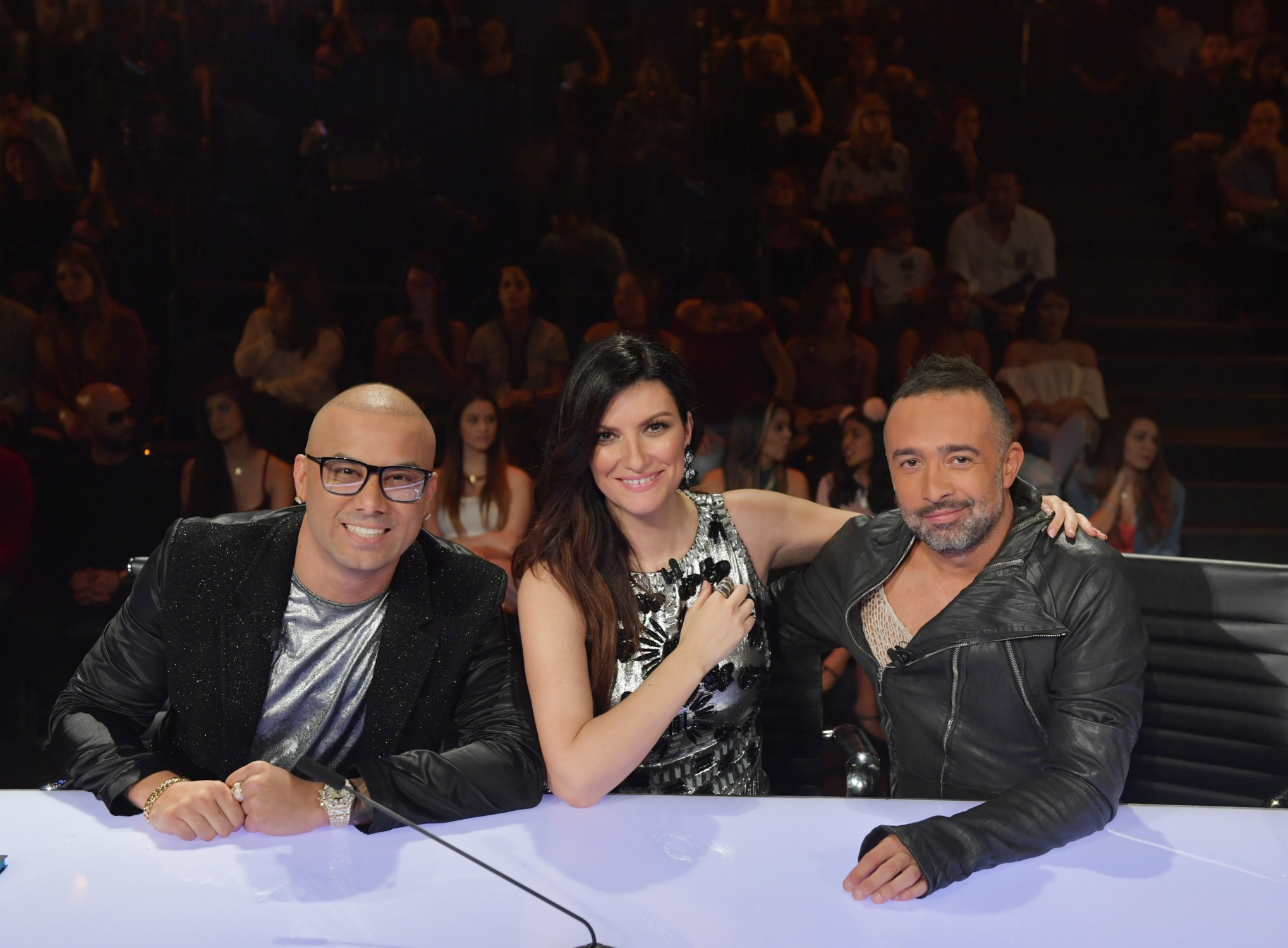 Laura Pausini con Mario Domm e Wisin